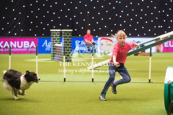 Mariann Bayliss YKC agility and Fern (Whispering Fernbeck AWB)